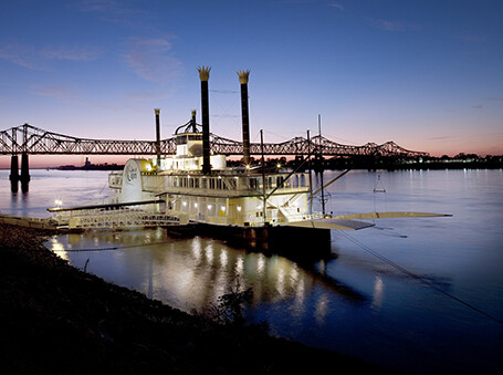 Louisiana's riverboat casinos set to come ashore